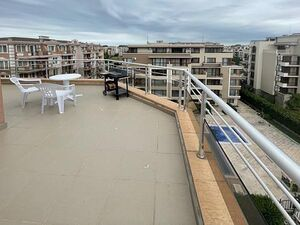 Top floor apartment with large terrace and beautiful views