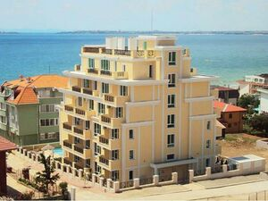 2 BED elegant apartment in St. Vlas, only 100 m to the beach