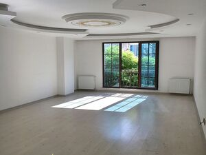 SPACIOUS FLAT IN CENTER OF EUROPEAN ISTANBUL 3 BEDROOMS