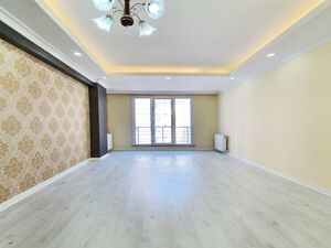 2 bedroom apartment at center