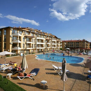 Pool view Apartment with 2 bedrooms in Aqua Dreams