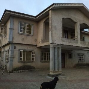 5bed rooms duplex for sale