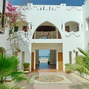 REAL DEAL, FOR SALE  SEA FRONT, BLOCK OF PROPERTY  4.270 sqm