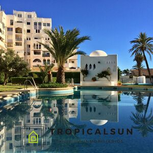 Apartment with sea view in Residencial Albaida