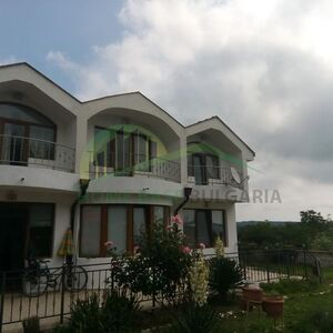 3 bedroom fully-furnished house at 10min drive to Varna city