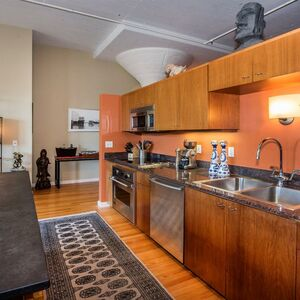 Gorgeous  Furnished 1BD 1BA Available for Rent.