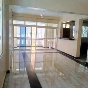 3 Bedroom Apartment, Master En suite, Beach Rd Nyali (E2)