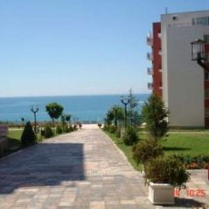 Furnished studio with frontal sea view in Saint Vlas