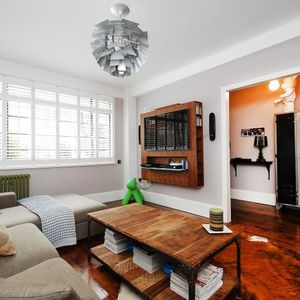 Offering one bedroom flat in Oxford