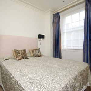 Present one bedroom flat in Reading