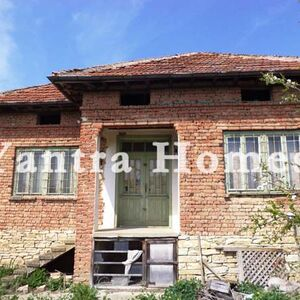 Rural house at a bargain price in the village of Obedinenie