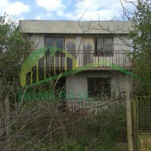 Two-storey house, 10 minutes to the beach