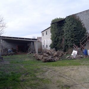 For Sale. Rustic Land. Permission to build. 1550 m2