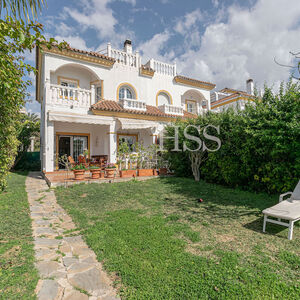 Villa a few meters from the sea
