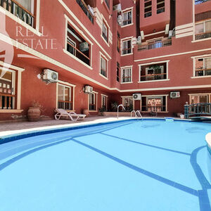 Pool view 2 bedroom apartment in the center of El Kawther
