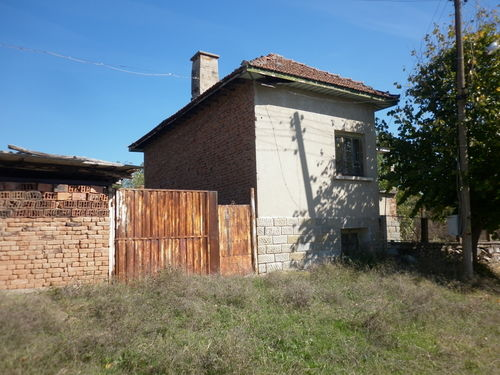 Old Rural House With Garden Amp Nice Location 100 M From
