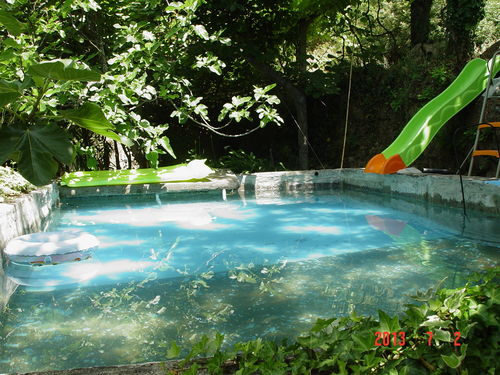 water tanque/pool